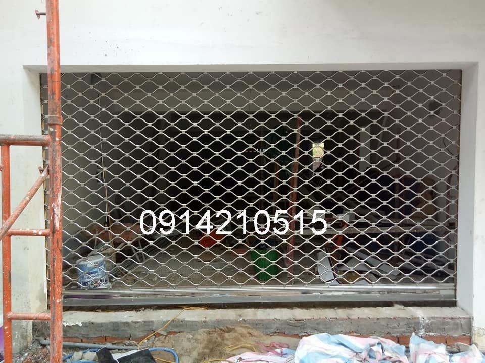 Cửa Cuốn Lưới Mắt Võng Sơn Tĩnh Điện, Báo Giá Cửa Cuốn Mắt Cáo, cửa cuốn mắt võng inox 304